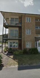 1 bedroom flat in Blackburn Way, Hounslow, TW4(Ref: 6839)
