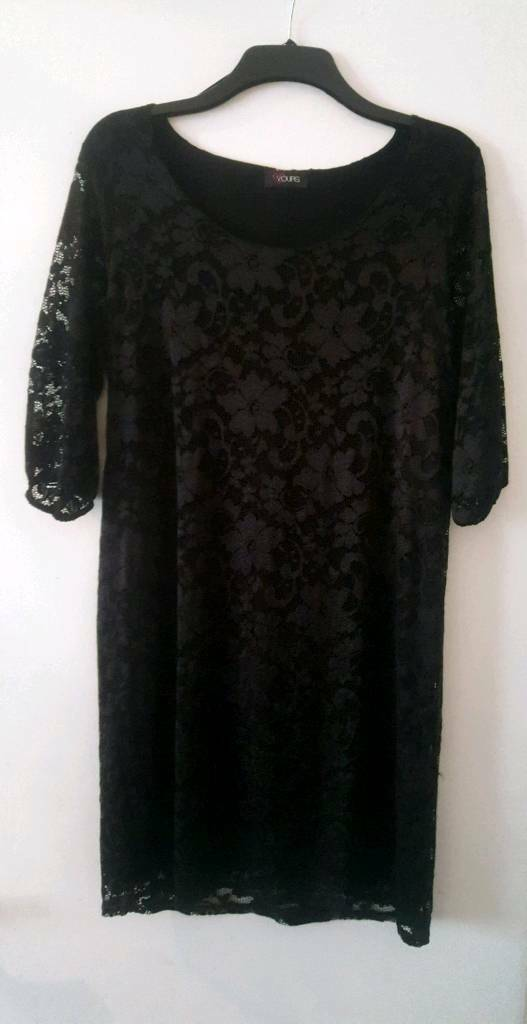 Gorgeous black lace tunic dress from Yours Clothing,size 18