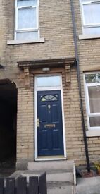 HOUSE FOR RENT **2 Bedroom** Kingswood Street BD7 **DSS WELCOME**