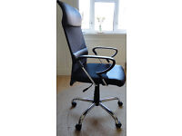 Black swivelling Wilkinson office chair on 5 wheels