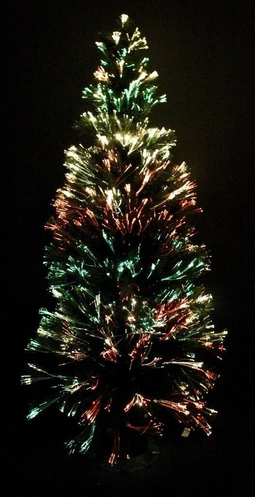 6ft 1.8m Colour Changing Fibre Optic Christmas Tree & Decorations