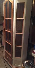 Wooden display cabinet - shabby chic project