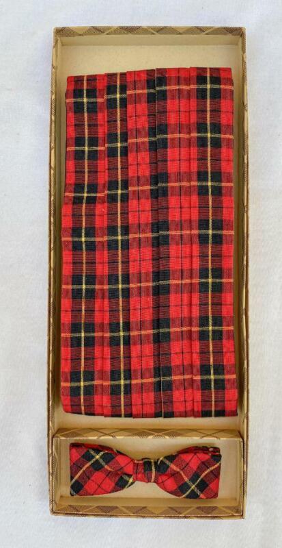 Vintage Scottish Large Wallace Tartan Cummerbund & Bow Tie Set w/ Box