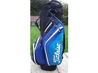 Titleist light weight cart bag. only used twice (new condition)