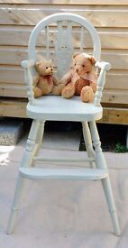 Shabby chic vintage wheel-back child's/ doll display chair.