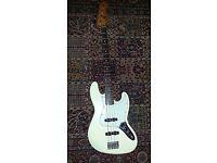 Fender standard jazz bass, electric, white