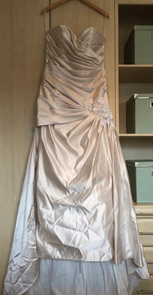 Romantica wedding dress **brand new** size 14