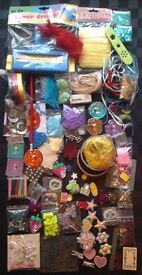 bb16) NEW CRAFT BULK JOB LOT.CARDMAKING,CRIMPERS,BUTTONS,STAMPS,FEATHERS,LARGE GEMS+