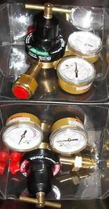 PAIR OF VICTOR FIRE POWER REGULATORS, RF-250 HD. OXY - FUEL GAS