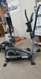 Cross Trainer- Ketler Axos Cross M