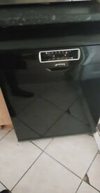 Smeg dishwasher black in good condition