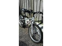 Boys bike suitable up to 9 possibly 10 yr old. Excellent condition