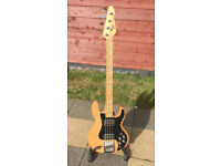Peavey T-40 Bass Guitar