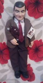 The official Mr.bean doll excellent condition has the original tag on it.