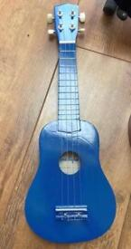 BRAND NEW UKULELE WITH BOX (RRP IS £20)