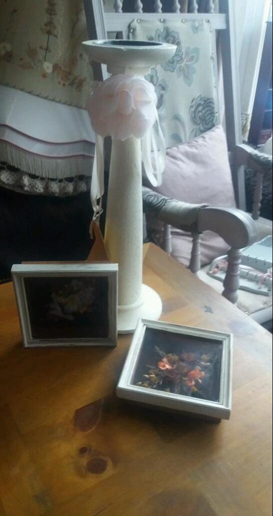 shabby chic keepsakessalein Ystradgynlais, SwanseaGumtree - Shabby chic box keepsakes £10 the 2 shabby chic wood pillar candle holder £5 this week only collection only ystalyfera