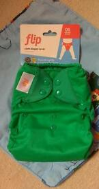 "Brand new Bumgenius Flip Nappy cover and ""stay dry"" insert"