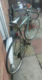 "VINTAGE RALEIGH 21"" ROAD BIKE STUDENT / DAILY COMMUTER"