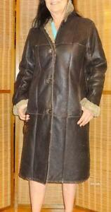 "MINT Womens LONG SHEEPSKIN SHEARLING COAT Via Firenze 10 12  $1200 REAL WARM 38""B / Dark Brown Leather outer Wooly inner"