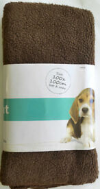 Large Fleece Pet Mat - Perfect for Cats/Dogs (Machine Washable) - 100cm x 100cm