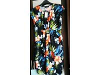 Maternity dress size 8 (New look) new with tags
