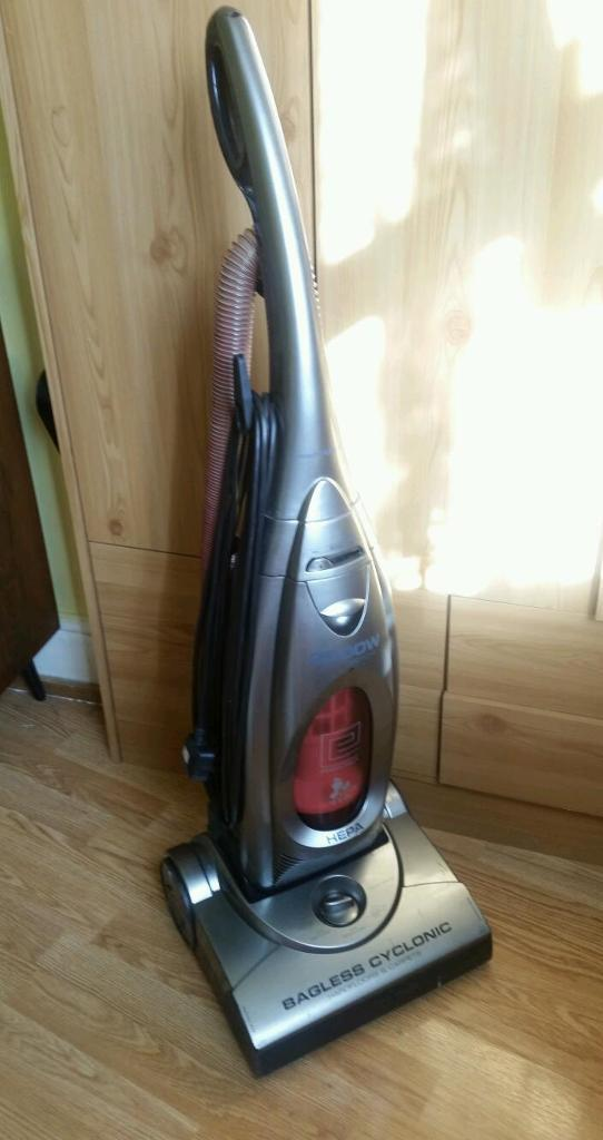 Morphy Richards Vacum Pet And Family Hoover In Sandwell