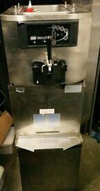 TAYLOR C708 ICE CREAM/ FROZEN YOGHURT MACHINE