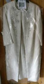 Gina Bacconi Aertex Metallic Jacquard Beaded Coat