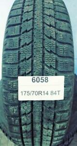 PNEUS HIVER USAGÉS / USED WINTER TIRES 175/70R14 1757014 84T TOYO OBSERVE STUDLESS