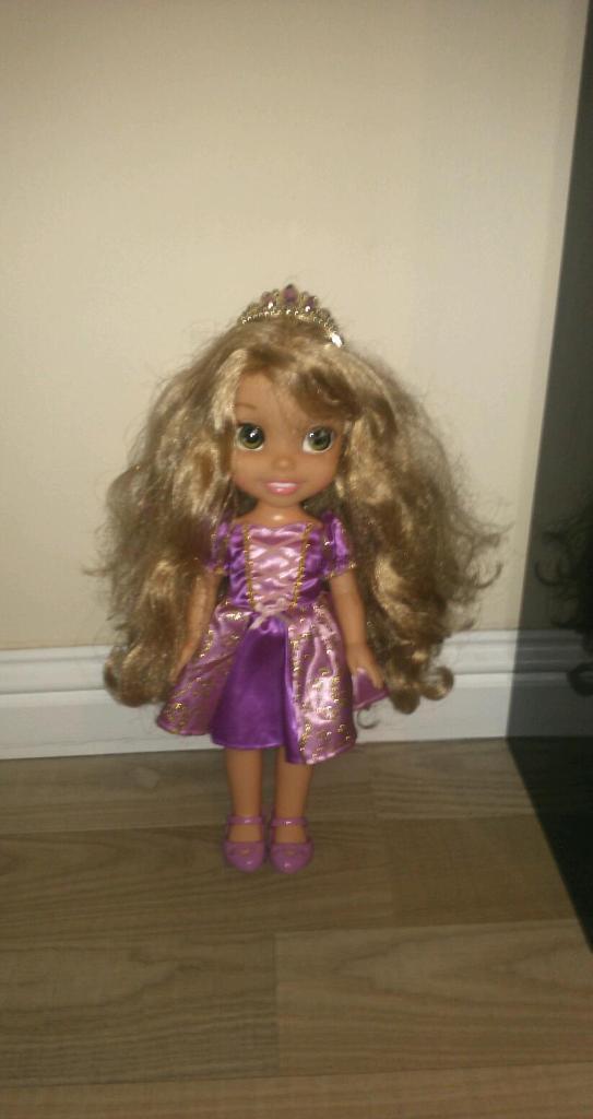 Light up singing rapunzel doll