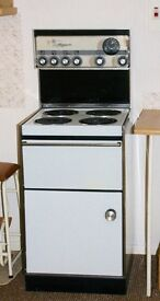 Cooker electric Belling Magnum 4 rings plus grill and oven with clock and timer