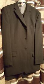 3 piece Mens Suit