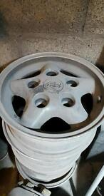 Landrover discovery/defender alloy wheels