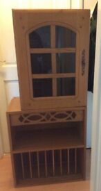 Two hardwoord kitchen cupboards-used-pick up from Greenwich