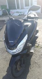 2014 Honda PCX 125cc Scooter in Pearl Nightstar Black for Sale
