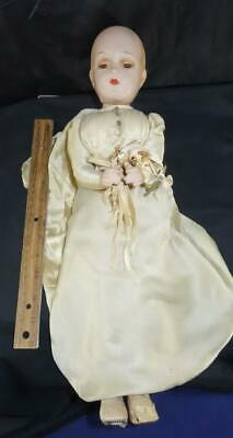 Lovely Vintage R&B Composition Arranbee Bride Doll
