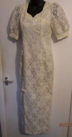 VINTAGE LOOKING LONG IVORY /CREAM LACE DRESS WITH SIDE SPLIT AROUND A 10 WEDDING DRESS