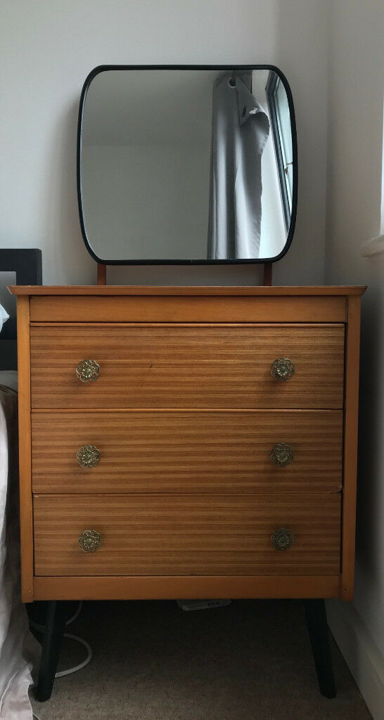 Chest Of Drawers/bedside Table With Mirror