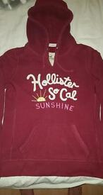 Hollister burgandy jumper