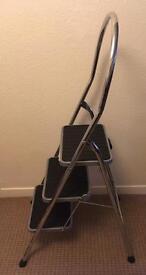 ABRU 3 tread step ladder