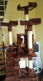 New cat tree scratching post