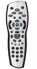 Original equipment Sky+ Plus HD remote control + batteries, satellite TV working well good condition