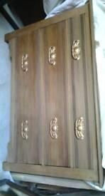 Oak chest draws
