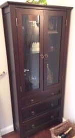 MODERN SOLID DARK WOOD GLAZED DISPLAY CABINET IN GOOD USED CONDITION FREE LOCAL DELIVERY AVAILABLE