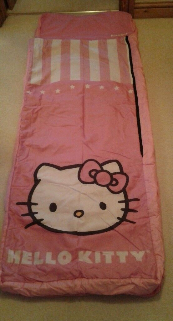 Hello kitty ready bed and carry bag pump missing cover machine washable and been stitched
