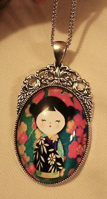 (Fleur de Lis Japanese Princess Teal Pink Yellow Glass Cameo Pendant Necklace)