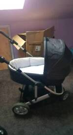 Mamas and Papas 3in1 travel system