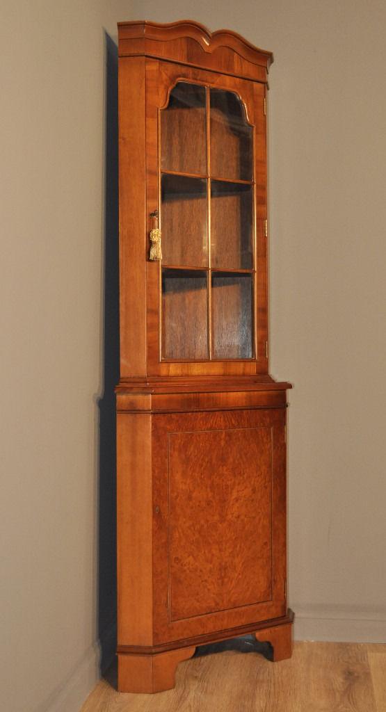 Attractive Vintage Tall Mahogany Corner Display Bookcase Cabinet, Base Cupboard