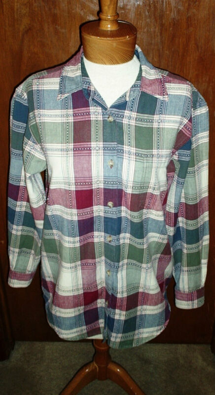 ANGELIQUE SHIRT~Plaid~Button Front~Long Sl.~Front Pocket~Miss Size S.~FREE SHIP