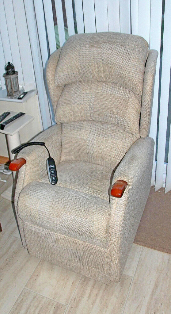 Riser and Recliner Chair a help with mobility | in St Helens, Merseyside | Gumtree